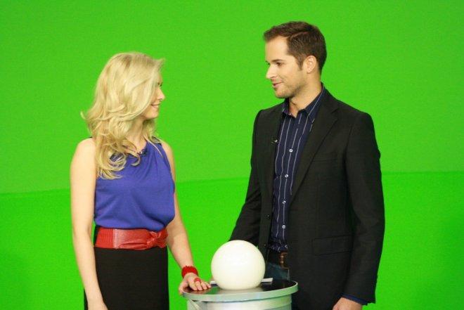 presenter-2-010